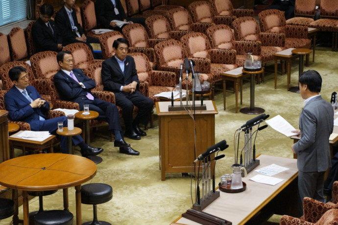 8月10日予算委員会2